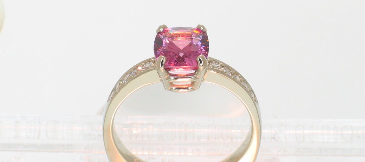 Pink Spinel Cushion in white gold with pave melee 3 quarter view